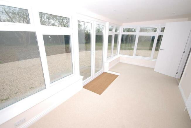 Annexe Lounge/ Sun Room