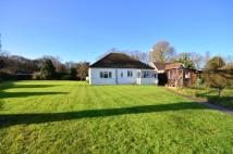 2 bedroom Bungalow for sale in Smallfield, Surrey, RH6