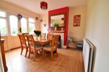 3 bed semi detached property for sale in Horley, Surrey, RH6