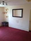 Flat to rent in Harmer Street, Gravesend...