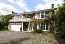 5 bedroom Detached property for sale in Warren Road...