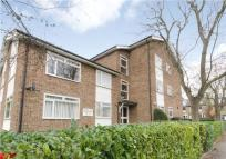 Apartment to rent in Melbury Gardens...