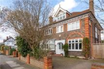 5 bed Detached home in Woodside Road, New Malden