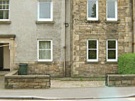3 bedroom Ground Flat to rent in Gorgie Road, Edinburgh...