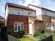 Semi-detached Villa to rent in Valgreen Court, Dundee...