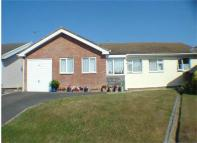 3 bed Detached Bungalow for sale in Plas Edwards, Tywyn...