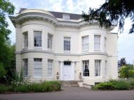 Apartment to rent in The Park, Cheltenham...
