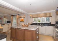 property to rent in Walton Drive, Ascot, Berkshire, SL5