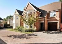 property to rent in Pinehurst, London Road, Englefield Green, Egham, Surrey, TW20