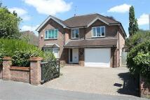 5 bedroom Detached property in Englefield Green, Egham...