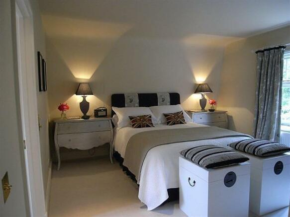 3 bedroom short term