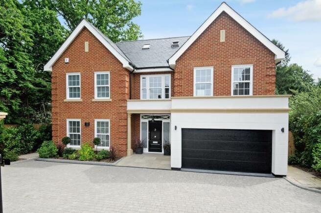 5 bedrrom house to r
