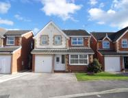 4 bed Detached property in Pasture Avenue...
