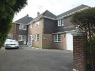 4 bed home for sale in Farlington Close...