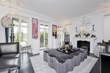 5 bed Terraced house in Cheyne Walk, London, SW3