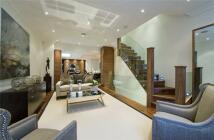 3 bed property in Elystan Place, London...