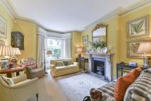4 bedroom End of Terrace house to rent in Beauclerc Road, London...