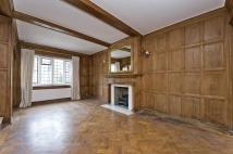 2 bed house in Sprimont Place, London...