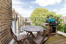 Apartment to rent in Finborough Road, London...