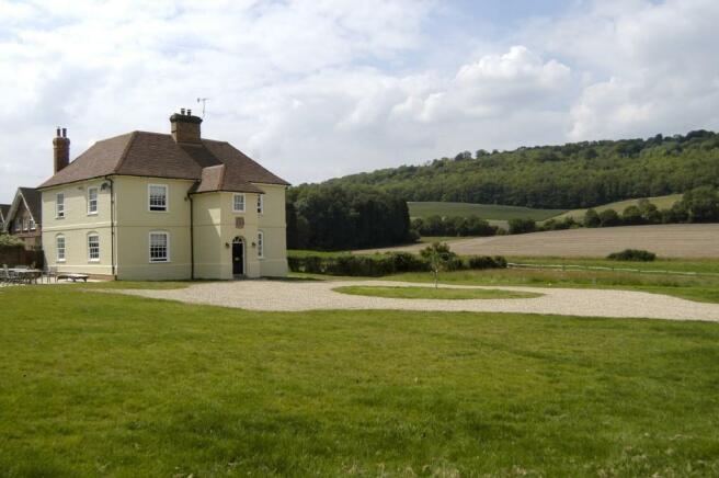 5 Bedroom House To Rent In Balchins Lane Westcott Dorking