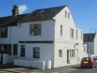 Flat to rent in Bennett Road, BRIGHTON...