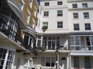 1 bed Flat to rent in Marine Square, BRIGHTON...