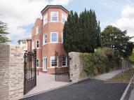 Flat to rent in Dyke Road Avenue...