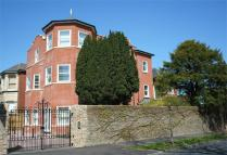 Dyke Road Avenue Flat to rent