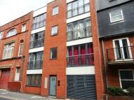 Flat in Tichborne Street...