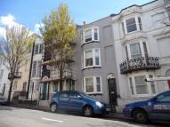 2 bedroom Flat in Egremont Place, BRIGHTON...