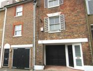 Windsor Street Terraced property to rent