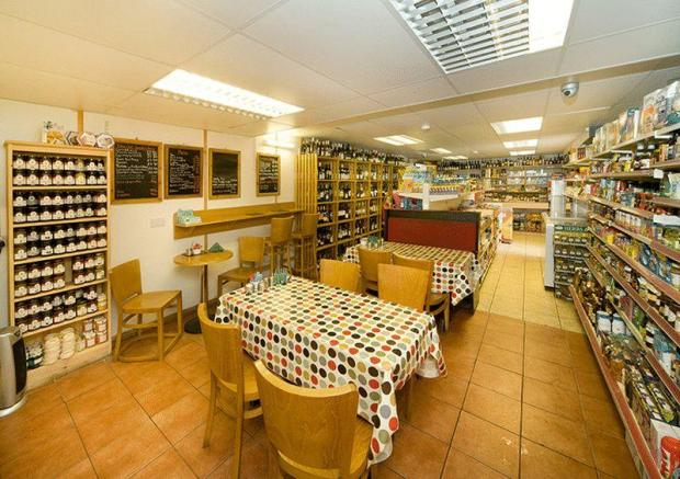 Cafe/Delicatessen