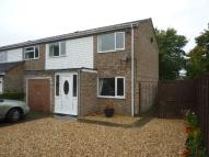 3 bed semi detached house in Claudius Close, Andover
