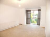 2 bedroom Flat to rent in EVENING HILL, Beckenham...