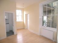 ELMHURST STREET Flat to rent