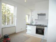 Flat to rent in ELMHURST STREET, London...