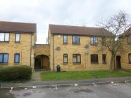 Studio flat in Badgers Close, Hayes