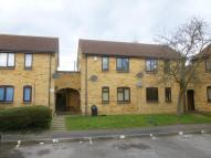 1 bed Studio apartment in Badgers Close, Hayes, UB3