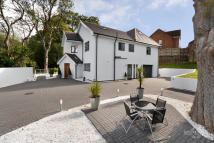 5 bed Detached home for sale in The White House...