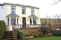 4 bed semi detached property for sale in 2 Oakland Villas...