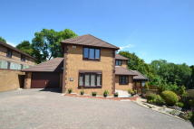 4 bedroom Detached property in Fenwick Brackla Bridgend...