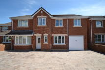 Detached home in 14 Sibrwd Y Dail...