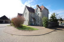 4 bed semi detached house in 7 Preswylfa Court...