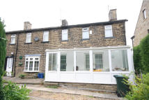2 bed Cottage in Cottingley Road...