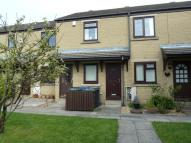 2 bed Ground Flat in 17 Churchfields...