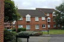 Ground Flat in Guildford, GU4