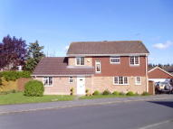 4 bedroom Detached home to rent in Oaktree Drive, Hook, RG27