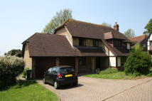 Detached property in Friar Close...