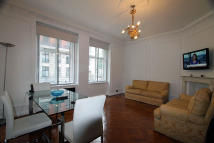 3 bedroom Flat in Portland Place, London...
