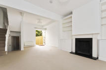 3 bedroom Terraced home to rent in Wickersley Road, London...